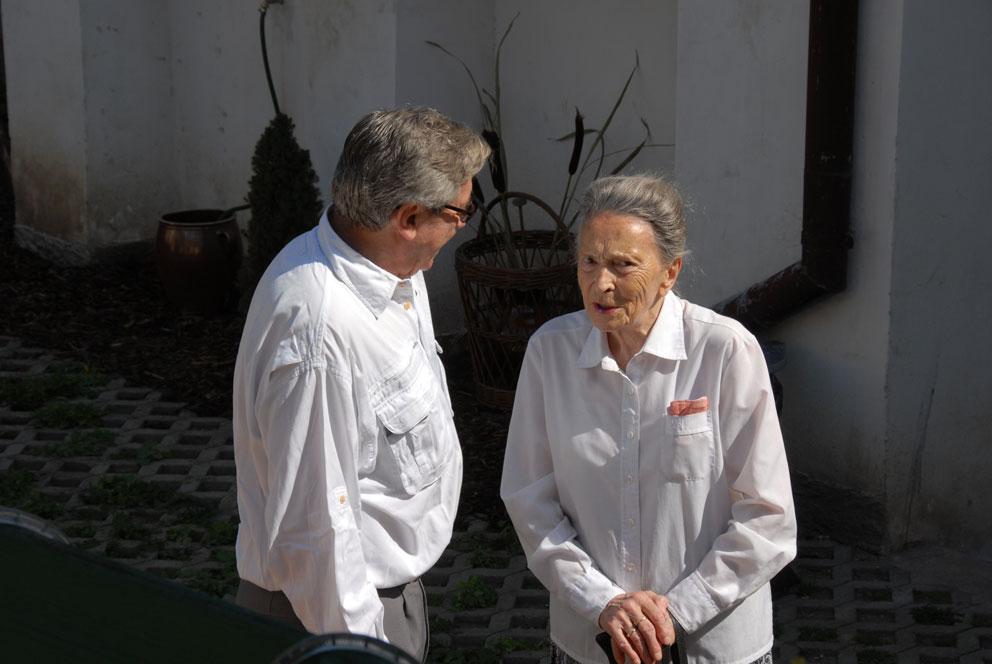 Jan Sekera s paní Věrou Linhartovou (foto Bořek Zasadil)